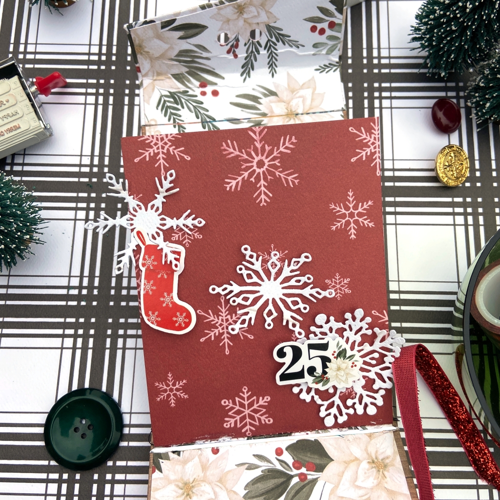 Flip Christmas Mini Album - Carta Bella Farmhouse Christmas - Lydia Cost